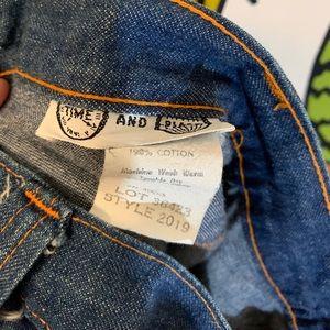 Vintage Jeans - VTG Wide Leg Jeans